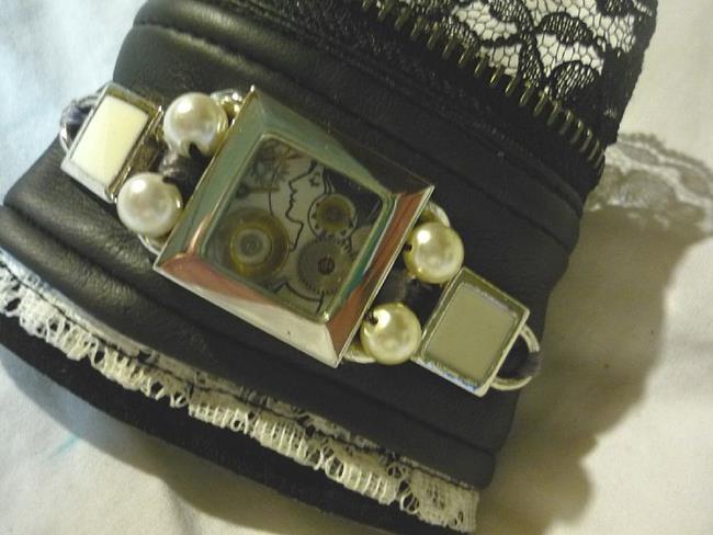 Art: Art Nouveau cuff (SOLD) by Artist Vicky Helms