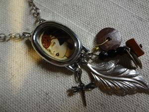 Detail Image for art ART NOUVEAUX NECKLACE.JPG