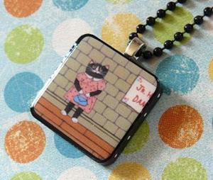 Detail Image for art wallflower cat art pendant