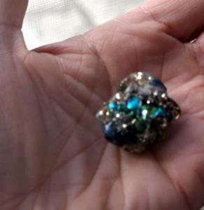 Detail Image for art Monet's Waterlily lampwork glass ART Bead