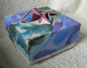 Detail Image for art Origami Watercolor Jewelry Box