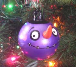 Art: That's a ball! (ornament #1) by Artist Veronique Perron