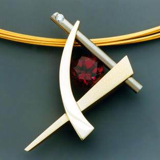 Art: 14k gold and Rhodolite Garnet pendant by Artist John Biagiotti