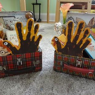 Art: Lunchbox centerpieces by Artist Vicky Helms